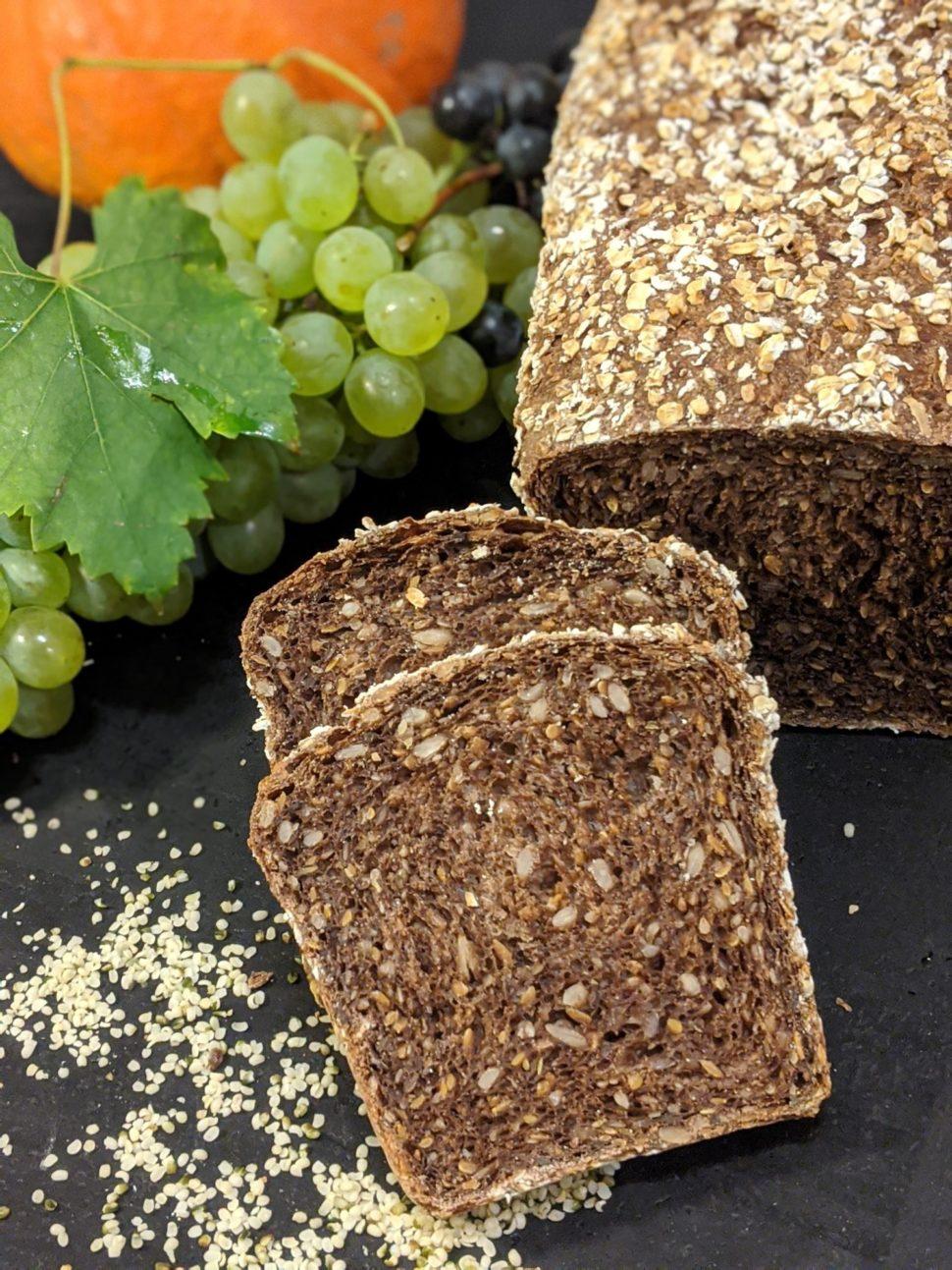 Celozrnný chléb